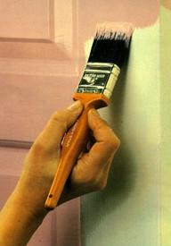 Покрасить дверь без подтеков