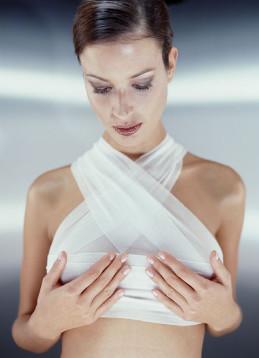 Красивые груди после пластической операции