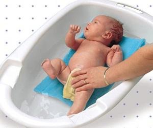 Купание в ванночке